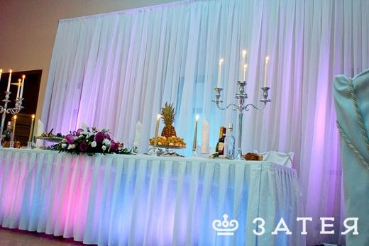подсветка стола свадебного
