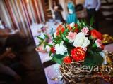 оформление зала живыми цветами