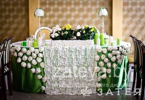 Свадьба в цвете лайм