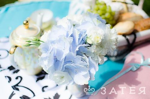 голубые цветы на свадьбе