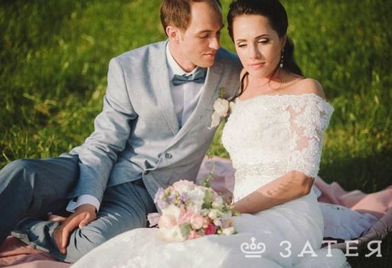 свадебная фотосессия на поляне