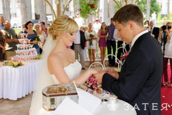 обмен кольцами на свадьбе витебск