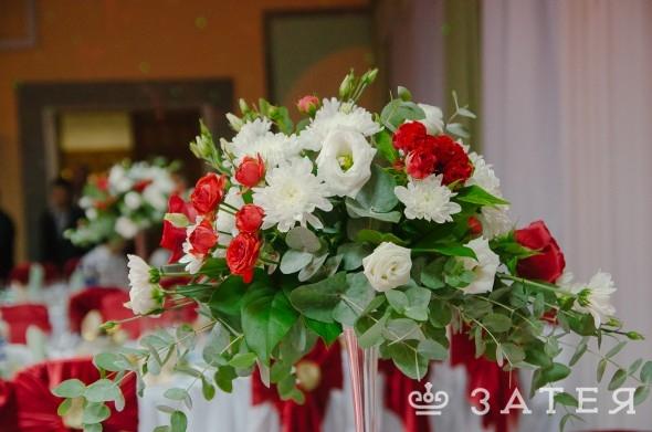 оформление свадьбы живыми цветами в витебске
