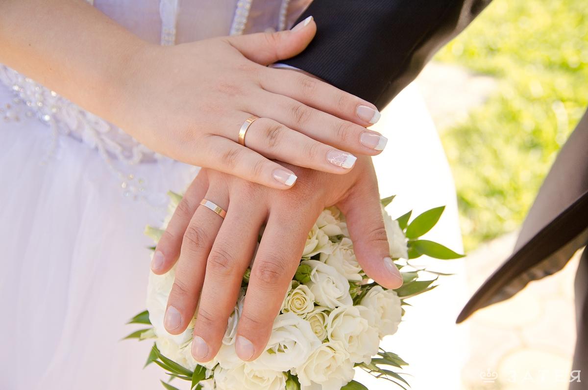 булый букет невесты