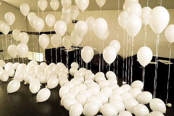 оформление комнаты шарами