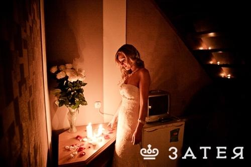 декор номера на свадьбе