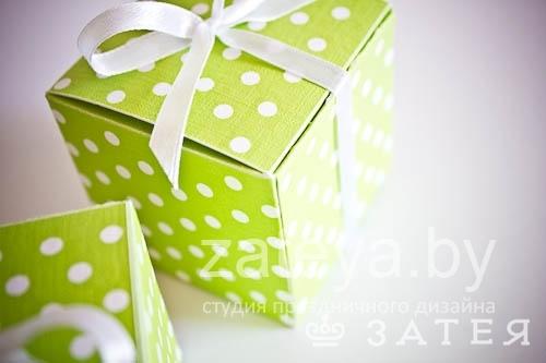 коробочки с конфетами на свадьбе
