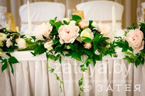 Живые цветы на английской свадьбе