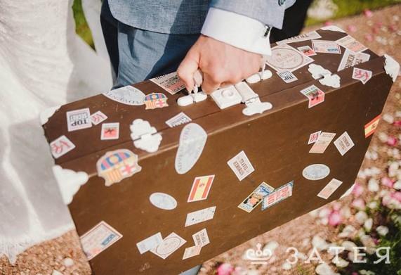 винтажный чемодан на свадьбе