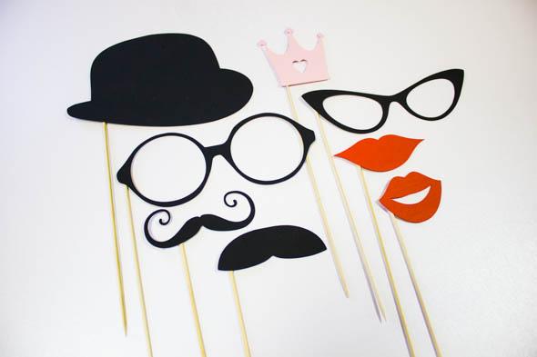 очки и шляпы для фотосессии